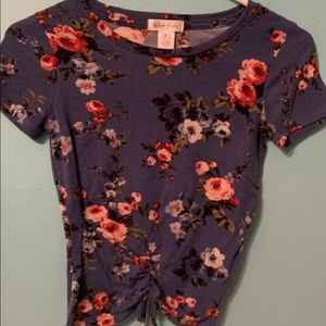 Cropped flower t-shirt